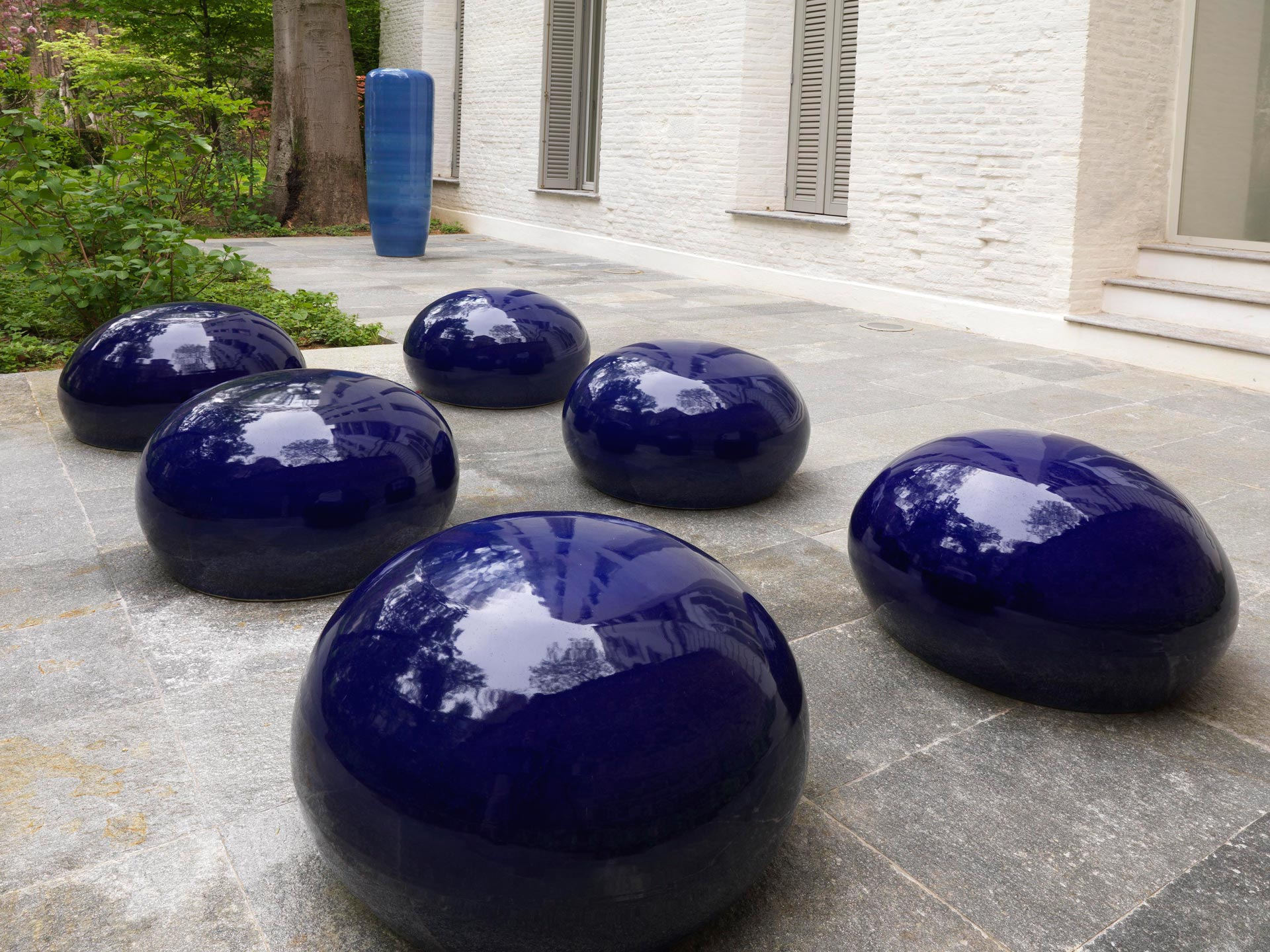 5-AI-WEIWEI-Bubble-2008-porcelain.-Courtesy-the-artist-and-Lisson-Gallery_web